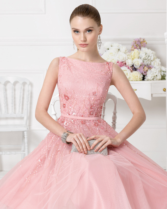 Sequin Pattern Embroidered A-line Knee Length Pink Tulle Couture Bridesmaid Dress