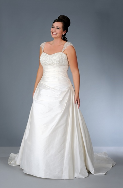 Plus Size Empire Waist Sleeveless Beaded Long Taffeta wedding dress