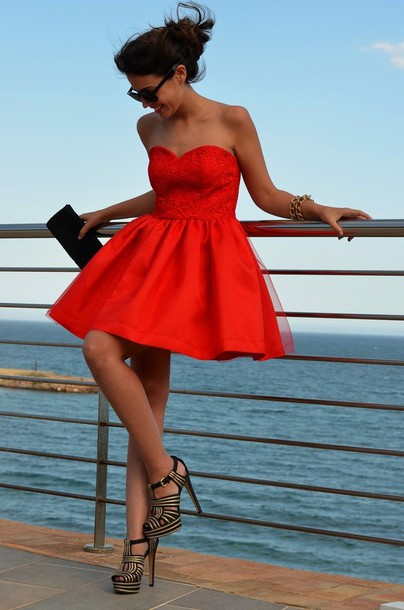 Red Strapless Lace Top Tulle overlay Satin Short Cocktail Dress