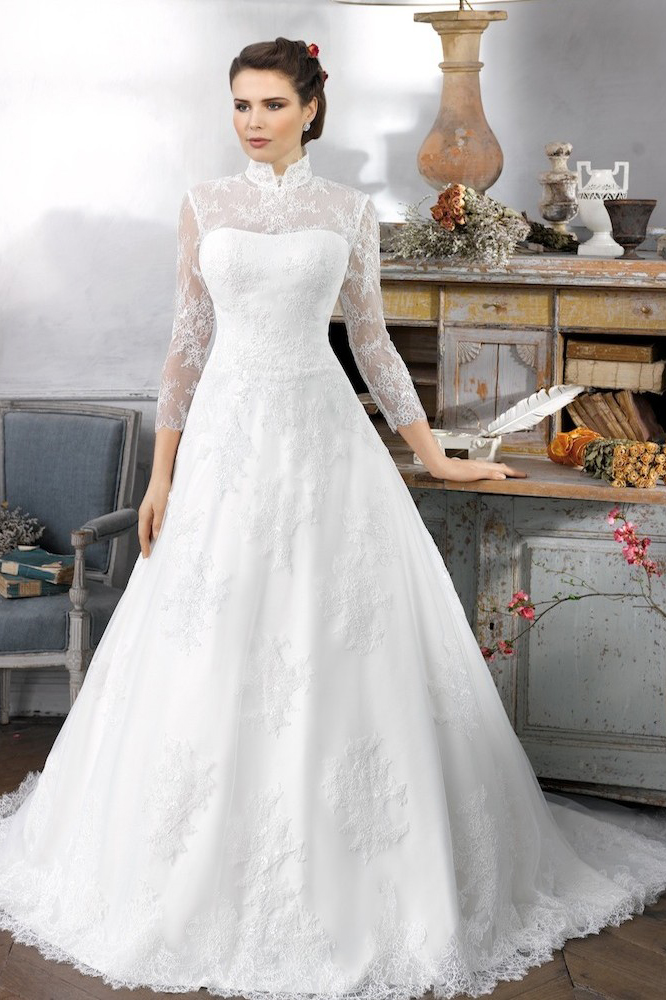 Elegant A-line High Neck 3/4 Length Sleeve Buttons Lace Sweep/Brush Train Tulle Wedding Dress