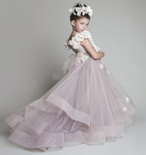 Awesome Flowers Adorned A-line Tulle Flower Girl Dress