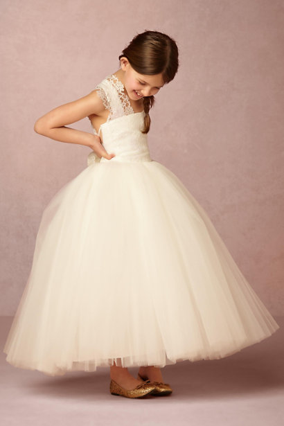 Vintage Inspired Lace Tulle Rustic Wedding Flower Girl Dress with Bow