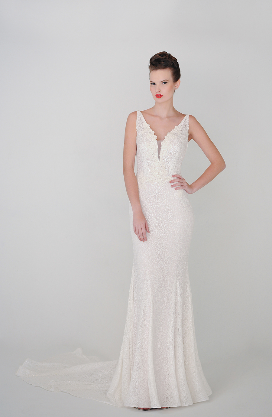 V Neck Sheath Lace Patterns Wedding Dress with Sweep Train