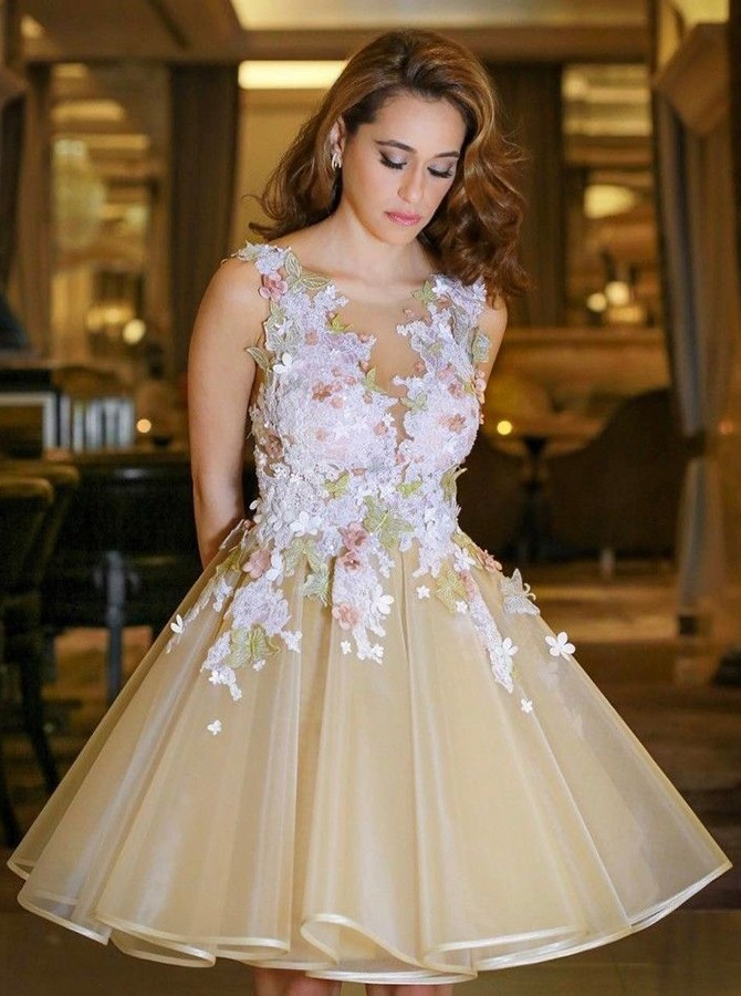 Vintage Floral Lace A-line Knee Length Short Champagne Organza Short Prom Dress