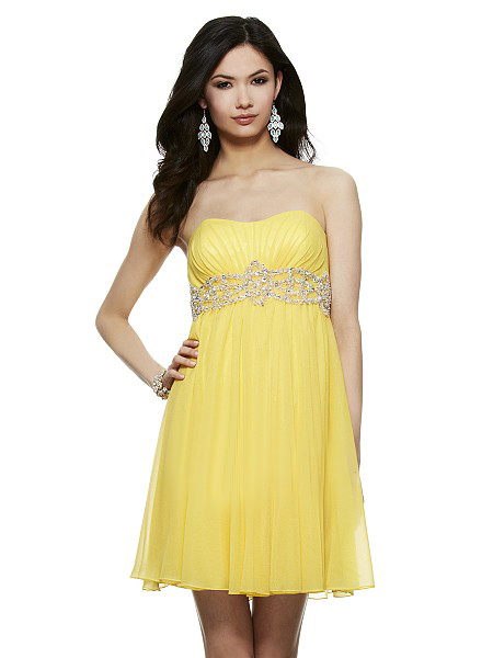 Simple Strapless Sweetheart Pleated Short Tulle Prom Dress with Crystal Waist