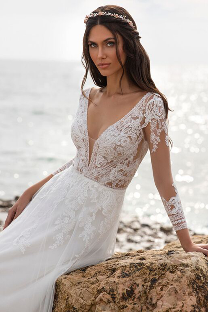 A-line V-neck Illusion 3/4 Length Sleeves Lace Appliques Sweep/Brush Train Long Tulle Wedding Dresses
