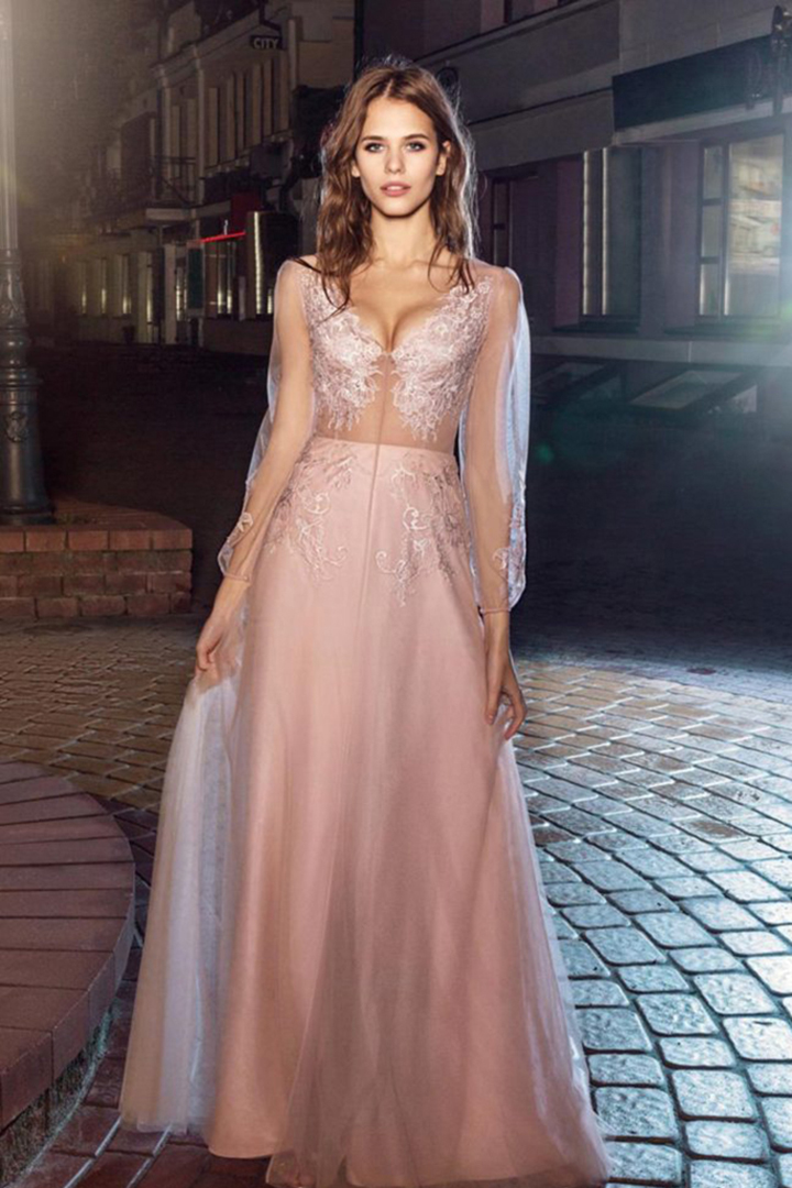 A-line V-neck Long Sleeves Lace Appliques Sweep/Brush Train Long Tulle Prom Dresses with Pearl Buttons