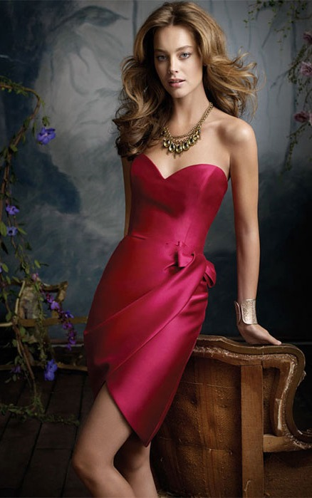 Short Sleeveless Sweetheart Satin Zipper Bridesmaid Dresses