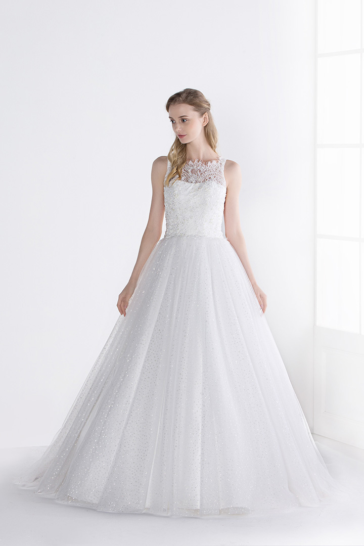 A-line Illusion Neck Sleeveless Sequins Sweep/Brush Train Wedding Dresses