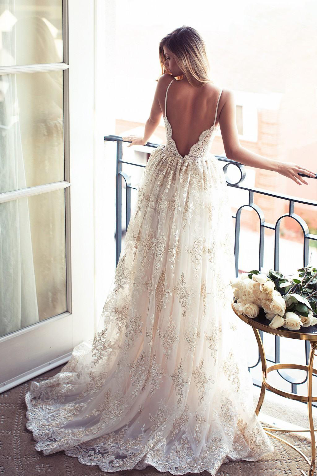 Boho Vintage Spaghetti Straps Long Backless Wedding Dress