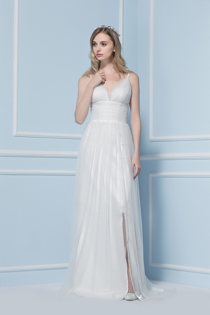 Simple Chic Split Long Ruching Tulle Beach Wedding Dress