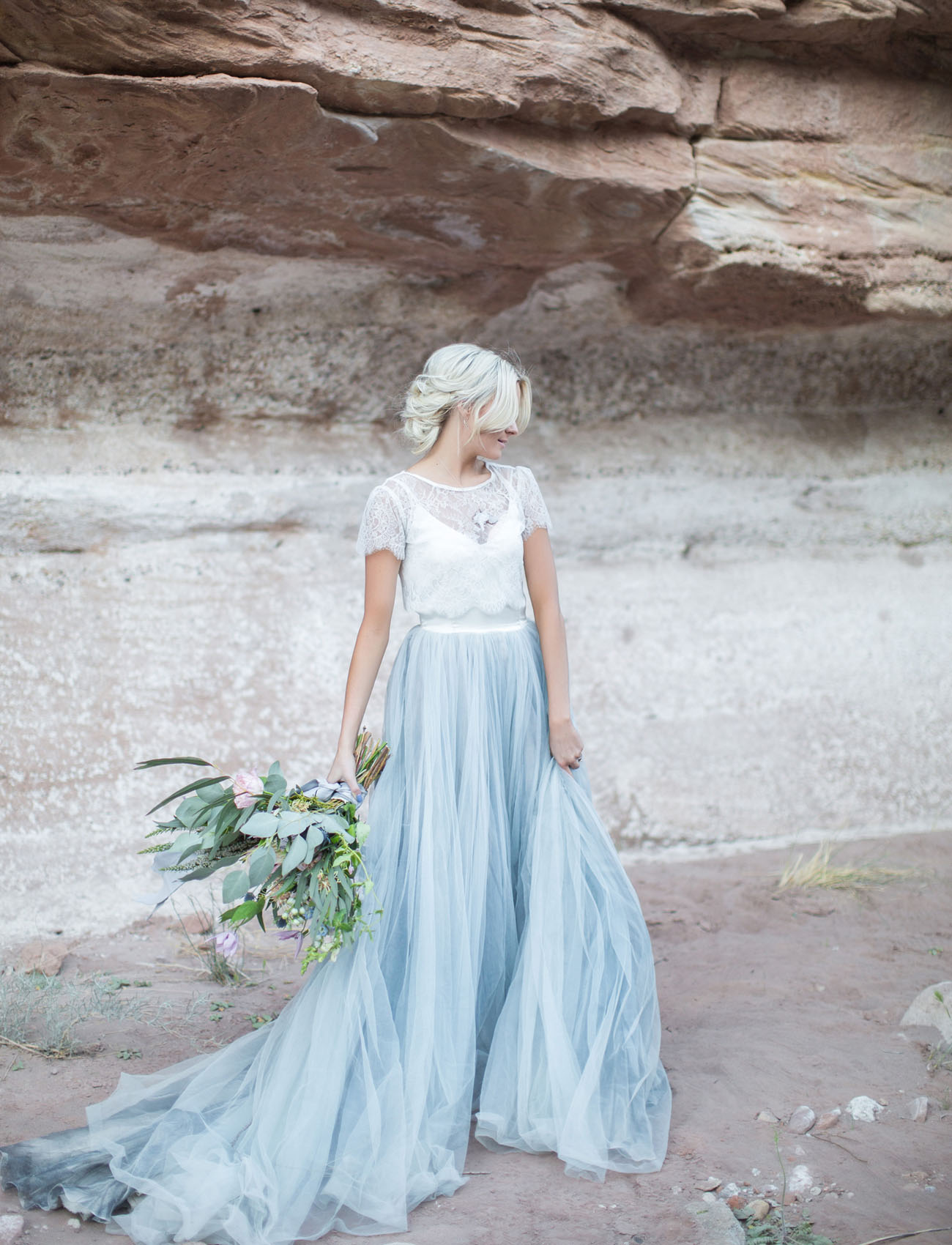Two Piece Short Sleeve Lace Jacket Spaghetti Strap A-line Sky Blue Tulle Wedding Dress