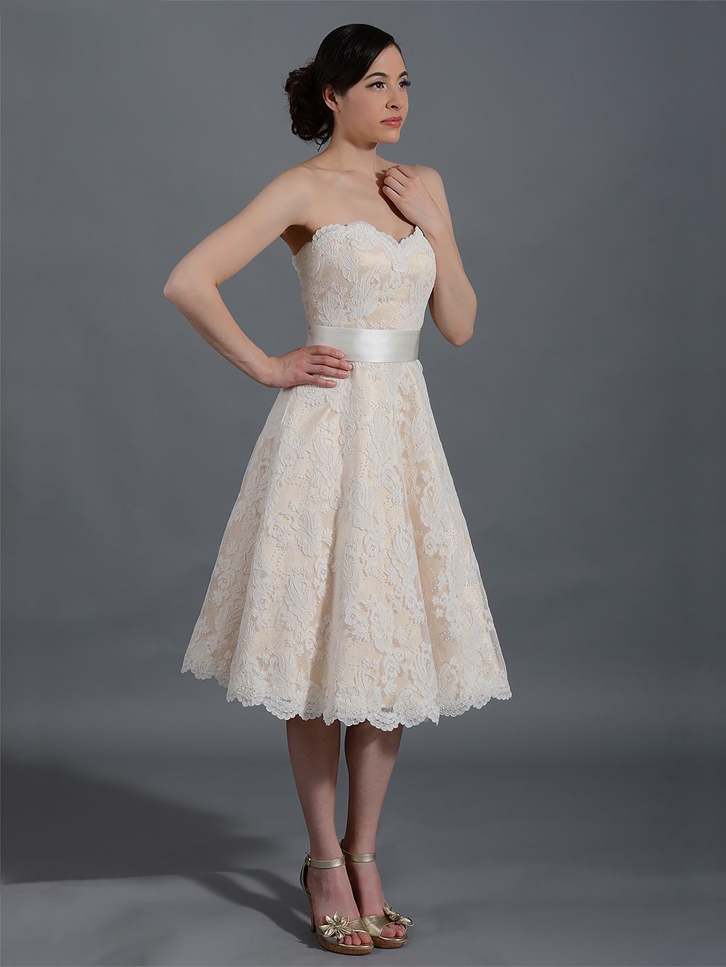 Short Strapless Sweetheart Lace overlay Satin Knee Length Wedding Dress with Ribbon