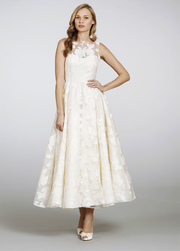 Sleeveless Illusion Bateau Neck Petal Floral Lace Patterns Tea Length Wedding Dress