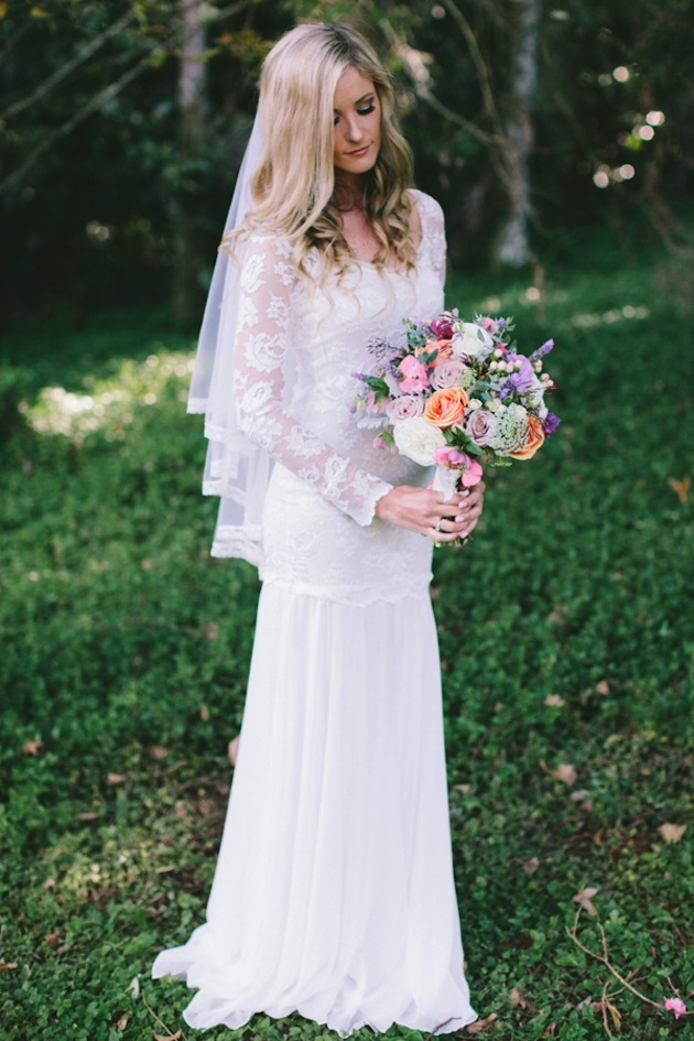 Scoop Neck Boho Floral Lace Pattern Column Lace Wedding Dress with Long Sleeves