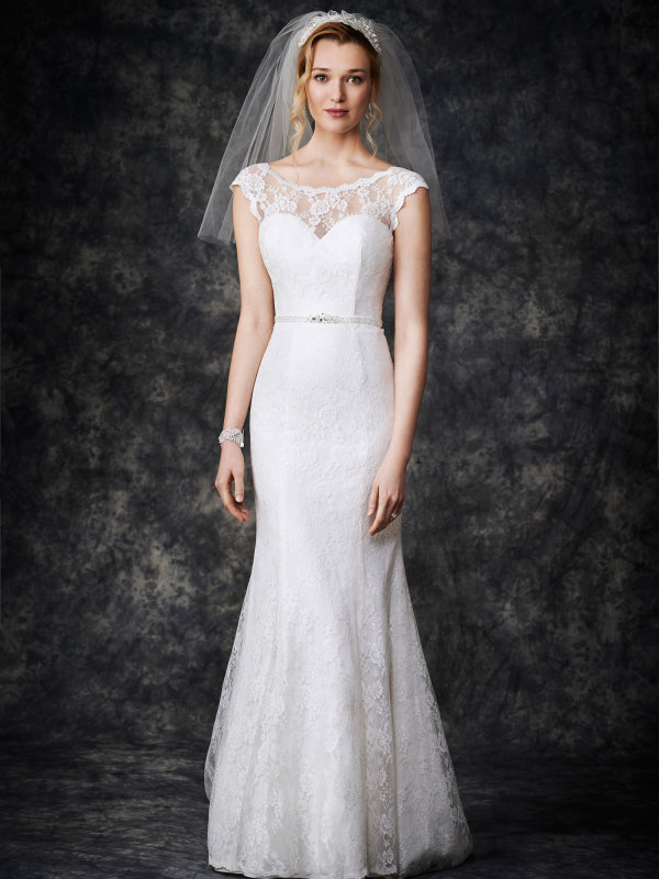 Illusion Neck Sleeveless Lace Pattern Trumpet Wedding Dress