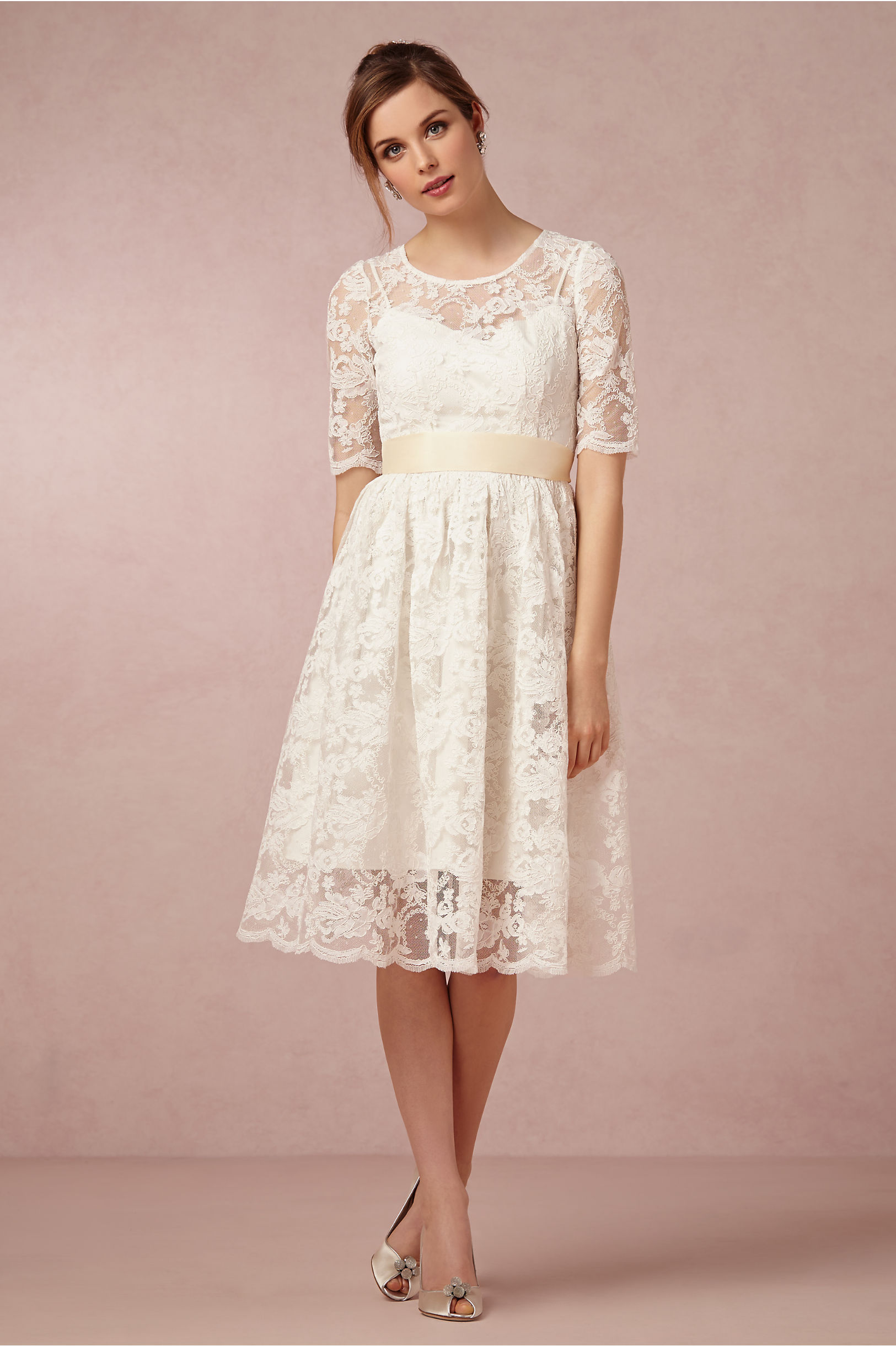 Short Sleeved A-line Knee Length Lace Wedding Dress with Ribbon