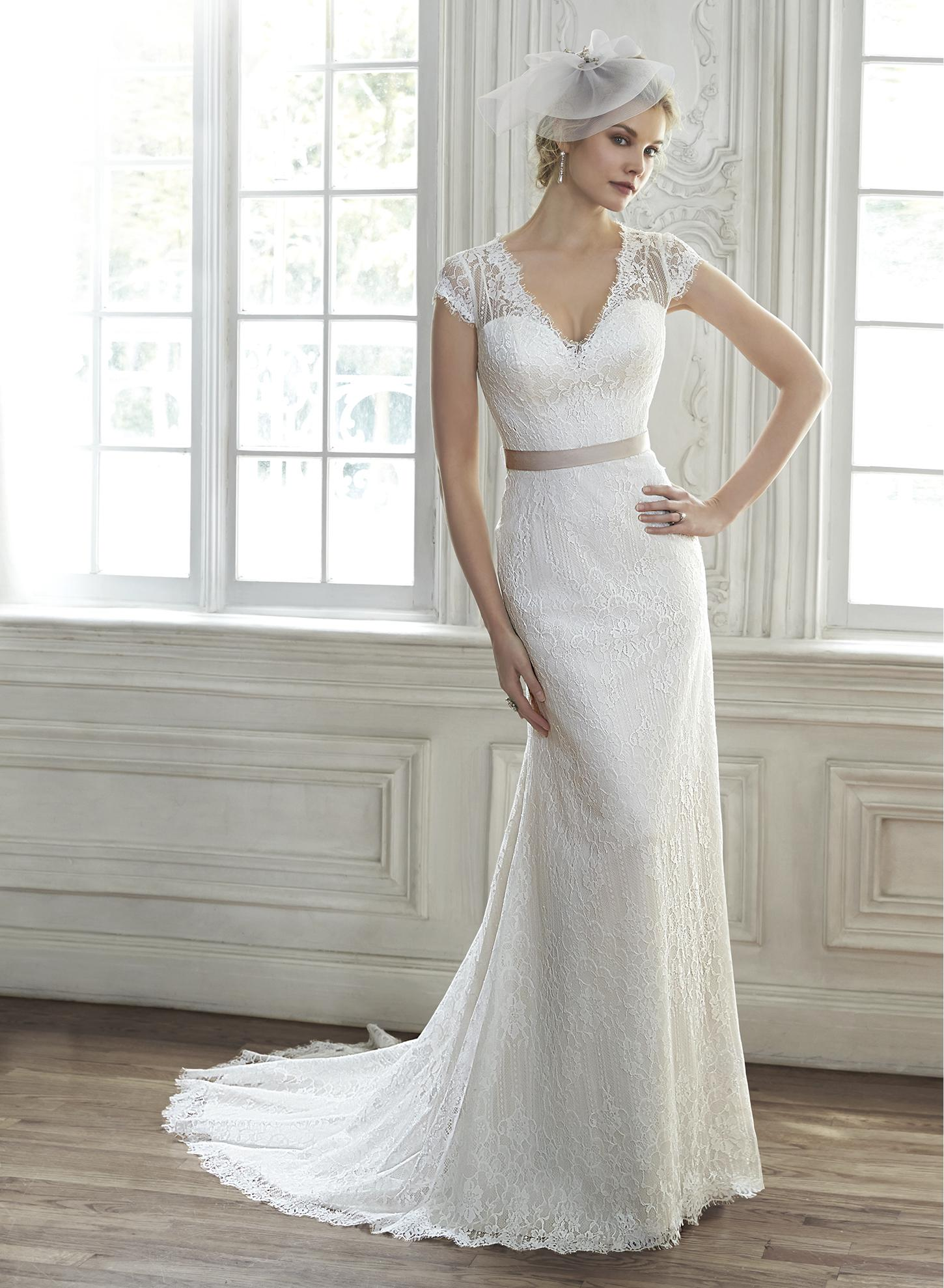 Exquisite v Neck Cap Sleeved Sheath All over Lace Patterns