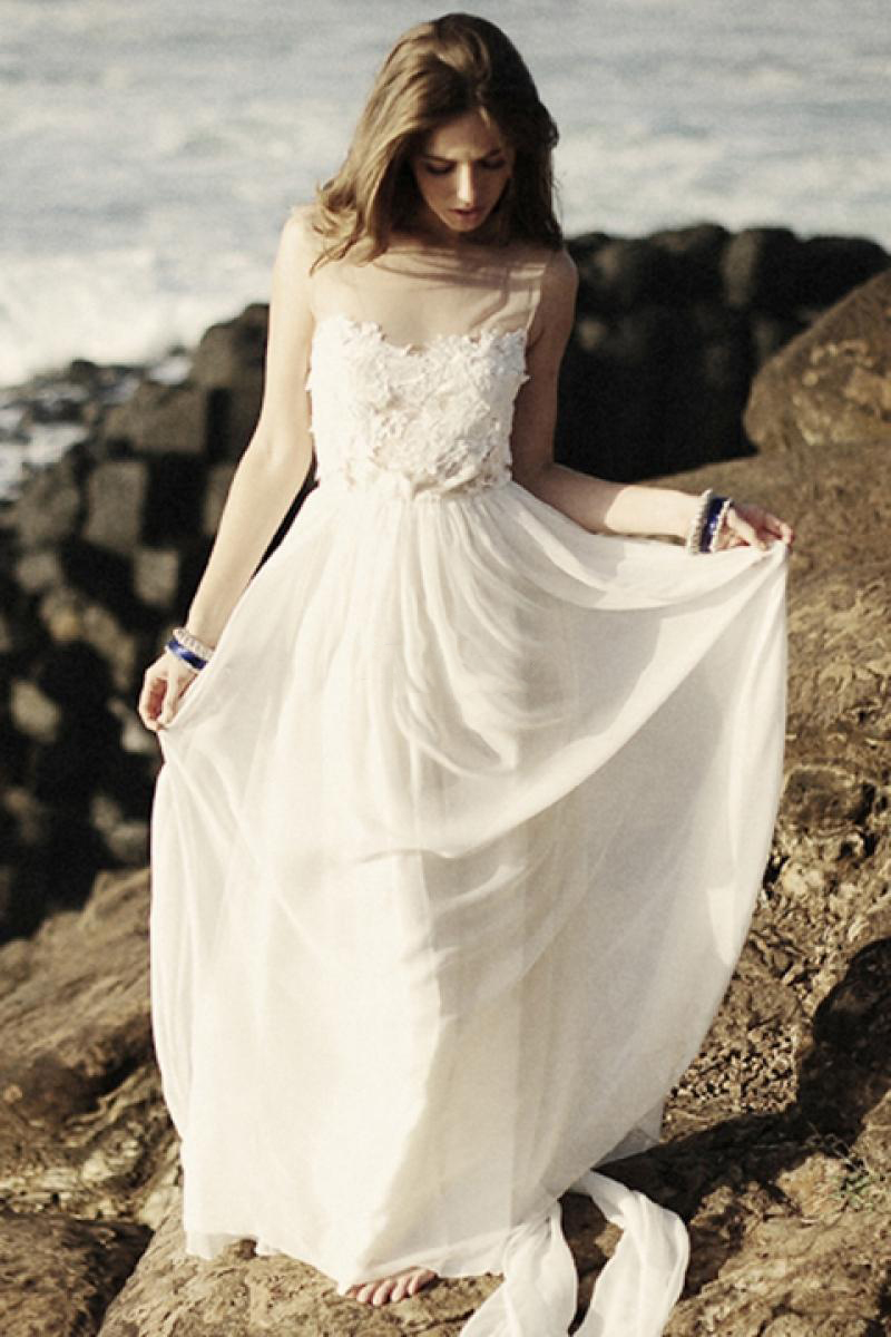 Vintage Sleeveless Illusion Neck A-line Chiffon Beach Wedding Dress