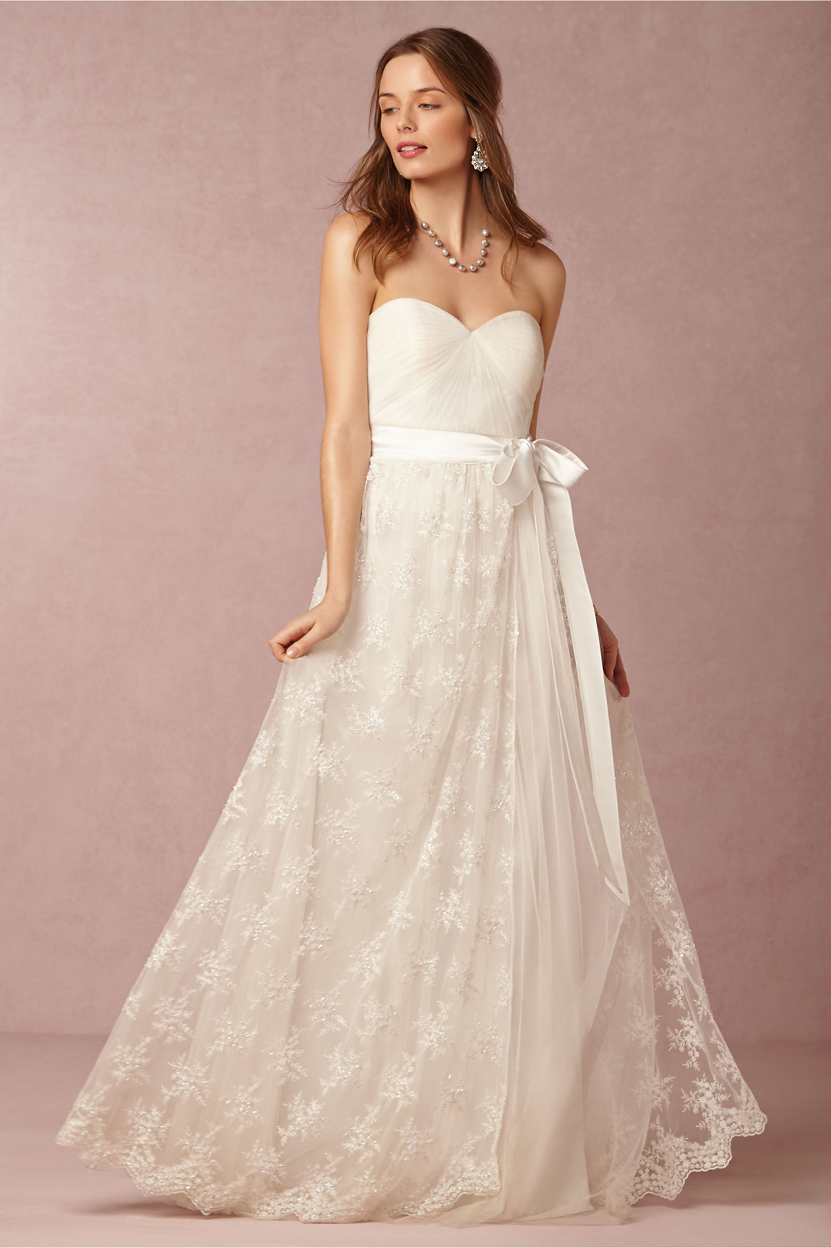 Vintage Strapless Sweetheart Pleated Bodice A-line Lace Wedding Dress with Sash