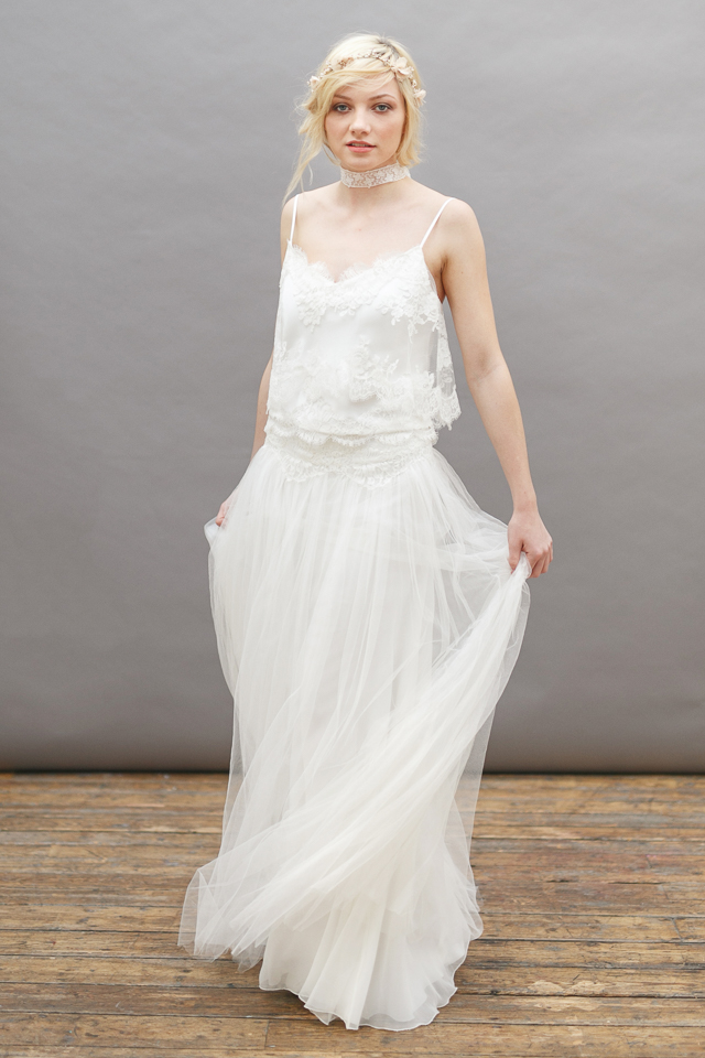 Gorgeous Boho Spaghetti Straps Lace Top A-line Tulle Wedding Dress with Neck Strap