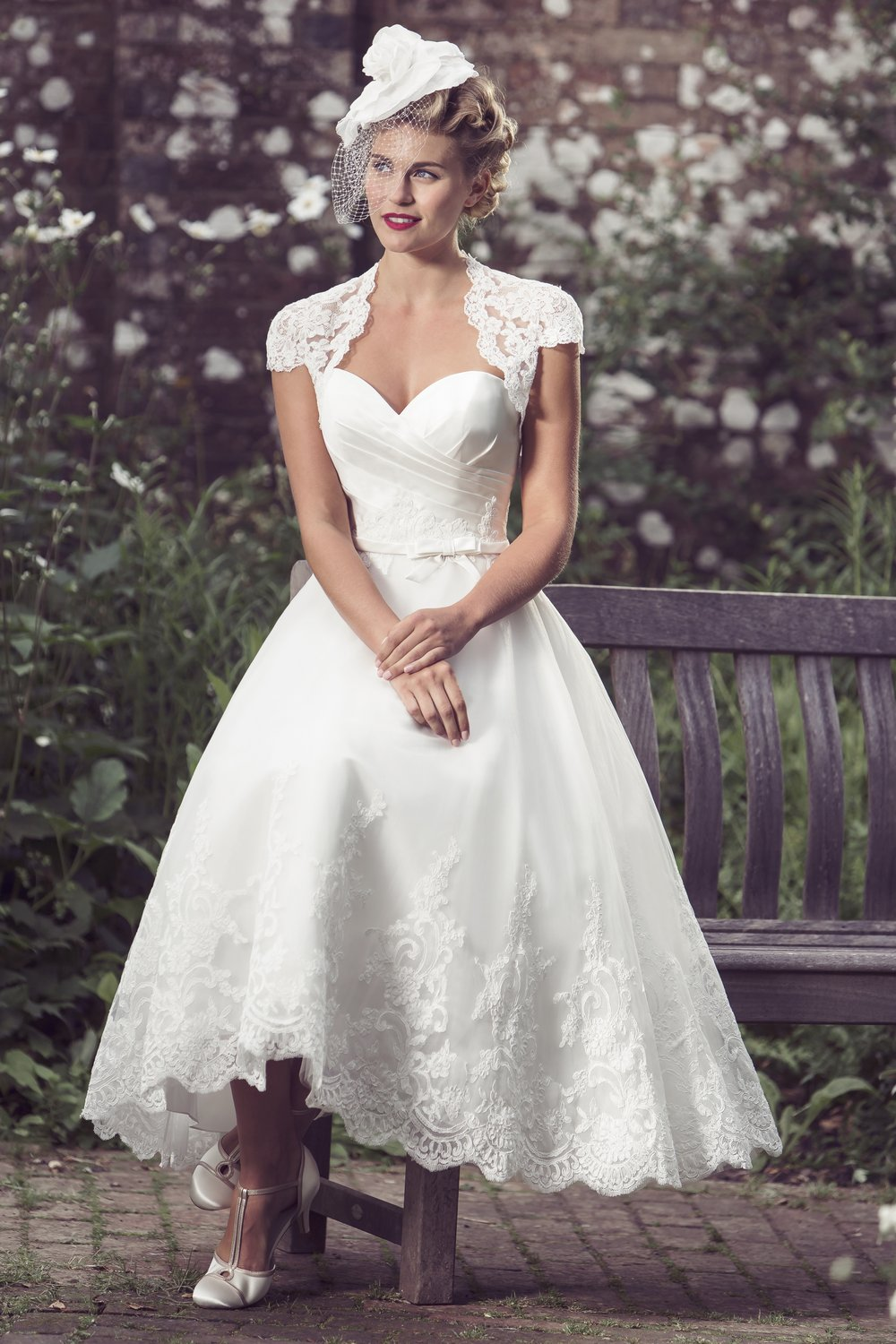 Lace Wedding Dresses With Cap Sleeves Uk 72