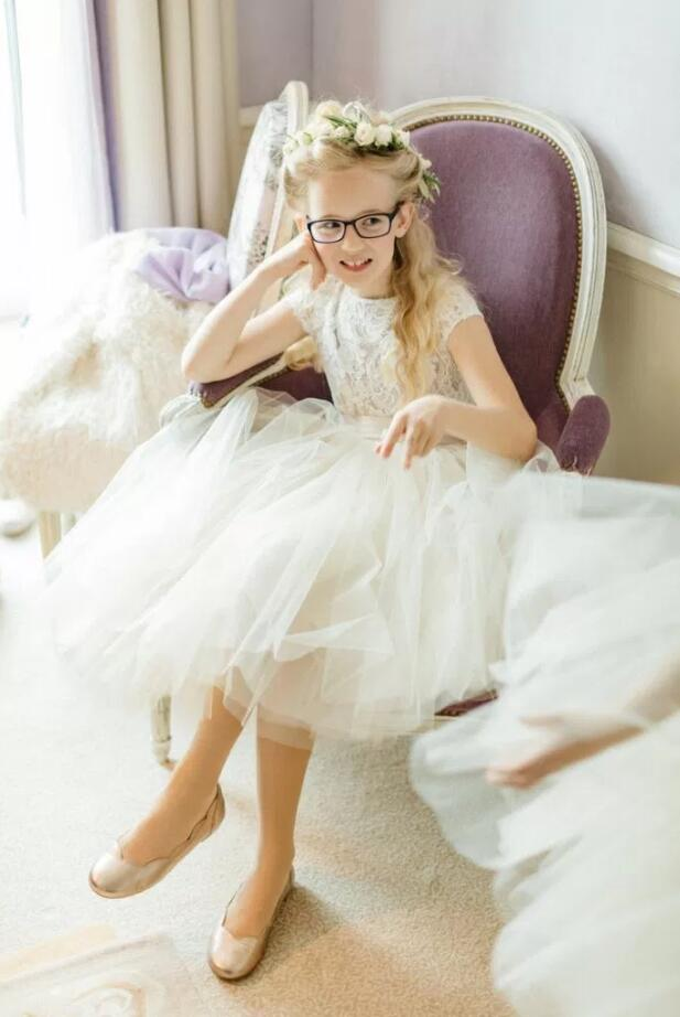 Vintage Lace Bodice Long A-line Champagne Tulle Flower Girls Dress