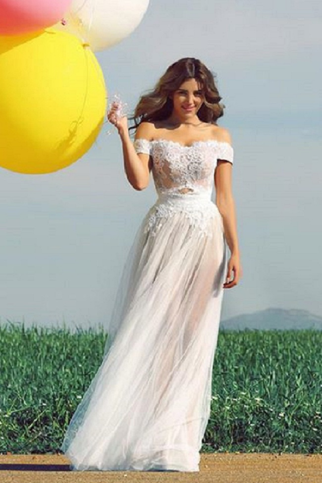 Vintage Rustic Lace Bodice Off the Shoulder Long Illusion Tulle Wedding Dress