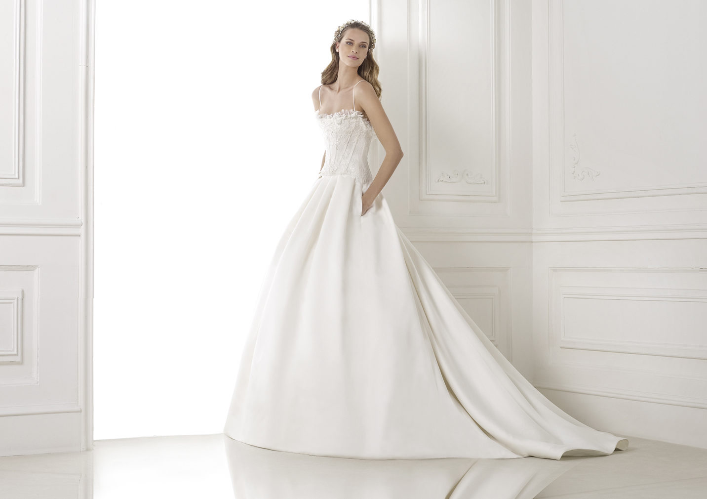 Wedding Dress With Pockets And Spaghetti Straps : Spaghetti straps lace pockets sweep brush train satin wedding dresses