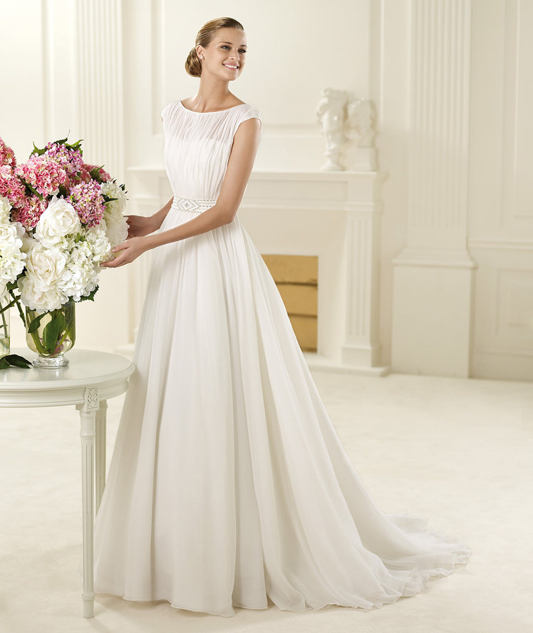 Elegant A-line Bateau Beading Sweep/Brush Train Chiffon Wedding Dresses