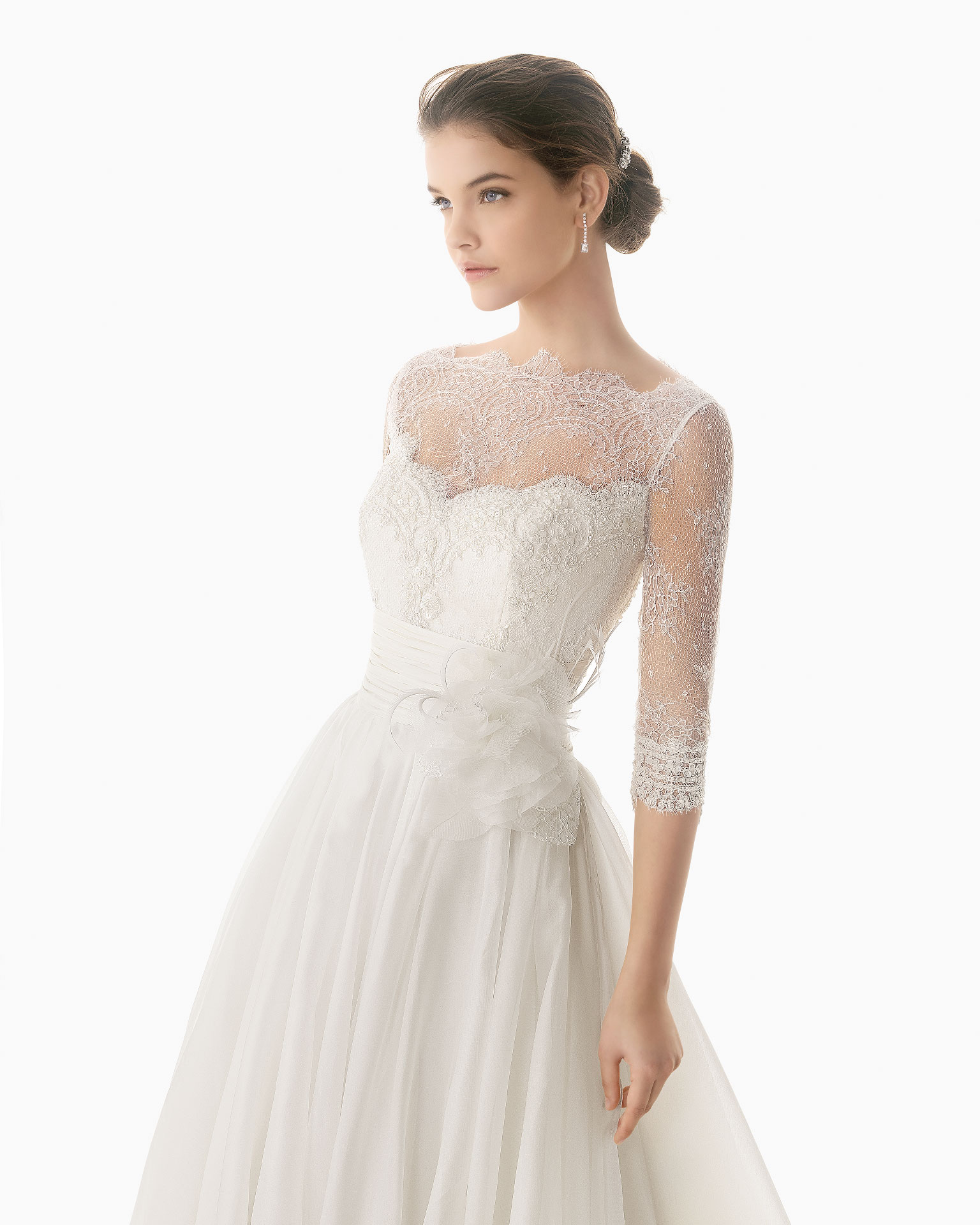 Elegant A line Half Sleeve Lace Hand Made Flowers Sweep