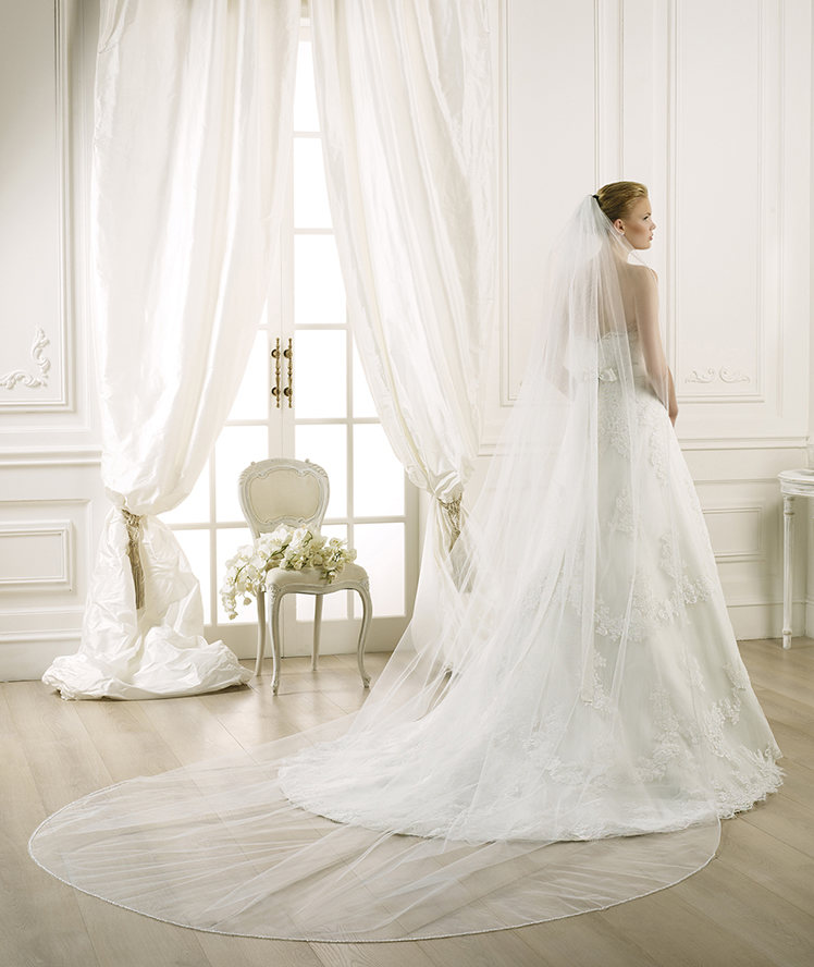 Simple One Tier Tulle Wedding Veils