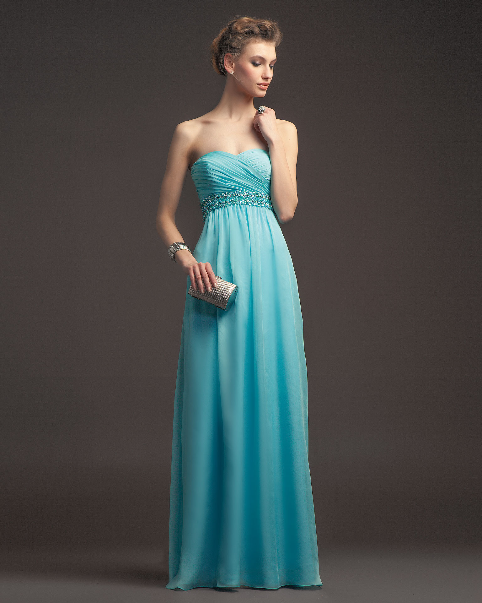 Charming Sheath/Column Strapless Beading&Crystal Ruching Floor-length Chiffon Prom Dresses