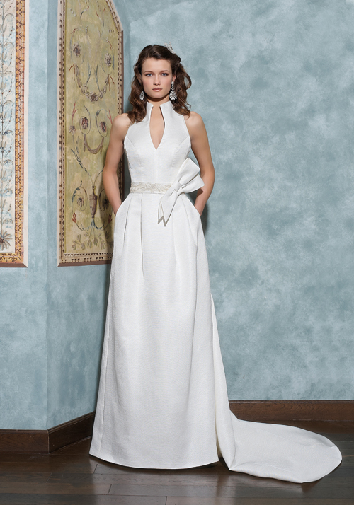 Simple A-line Halter Bow(s) Sweep/Brush Train Satin Wedding Dresses