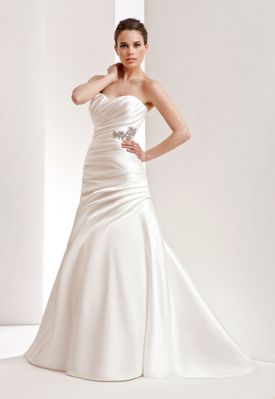 Simple A-line Sweetheart Beading Buttons Ruching Sweep/Brush Train Satin Wedding Dresses