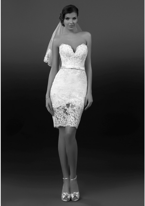 Charming Sheath/Column Sweetheart Beading&Sequins Lace Short/Mini Wedding Dresses
