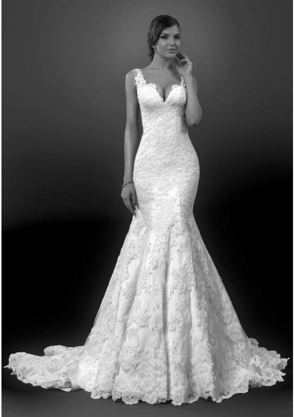 Sexy Trumpet/Mermaid Straps V-neck Lace Sweep/Brush Train Wedding Dresses
