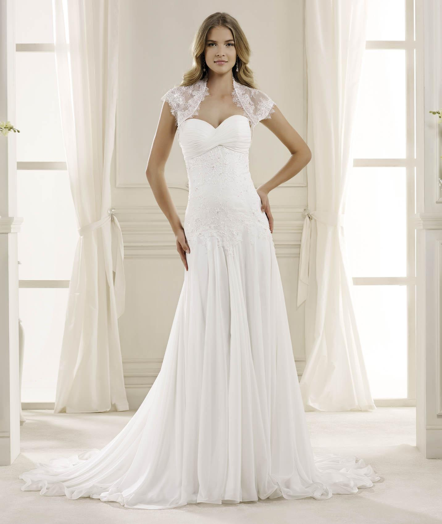 Elegant Sheath/Column Sweetheart Beading&Sequins Lace Sweep/Brush Train Chiffon Wedding Dresses