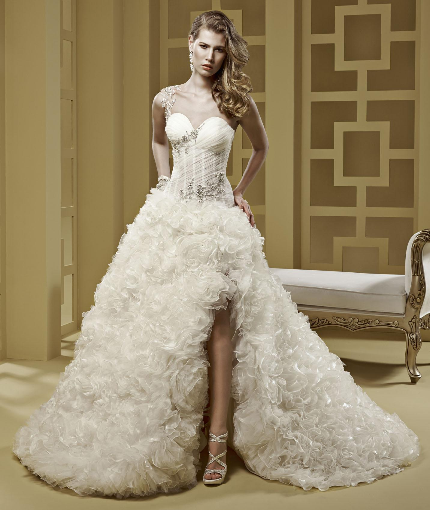 Exquisite A-line One Shoulder Crystal Cascading Sweep/Brush Train Organza Wedding Dresses