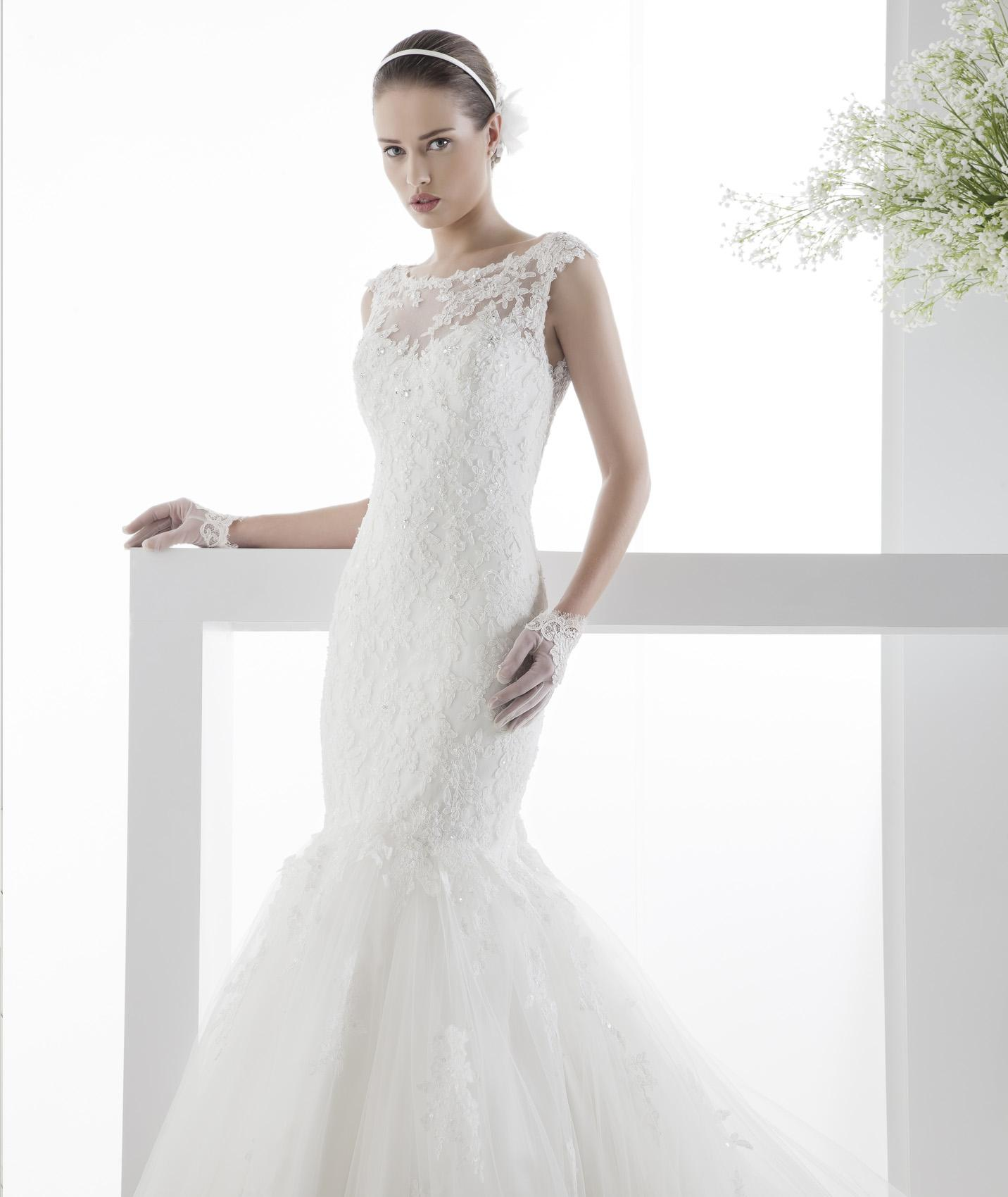 Sexy Trumpet/Mermaid Straps Beading&Sequins Lace Chapel Train Tulle Wedding Dresses