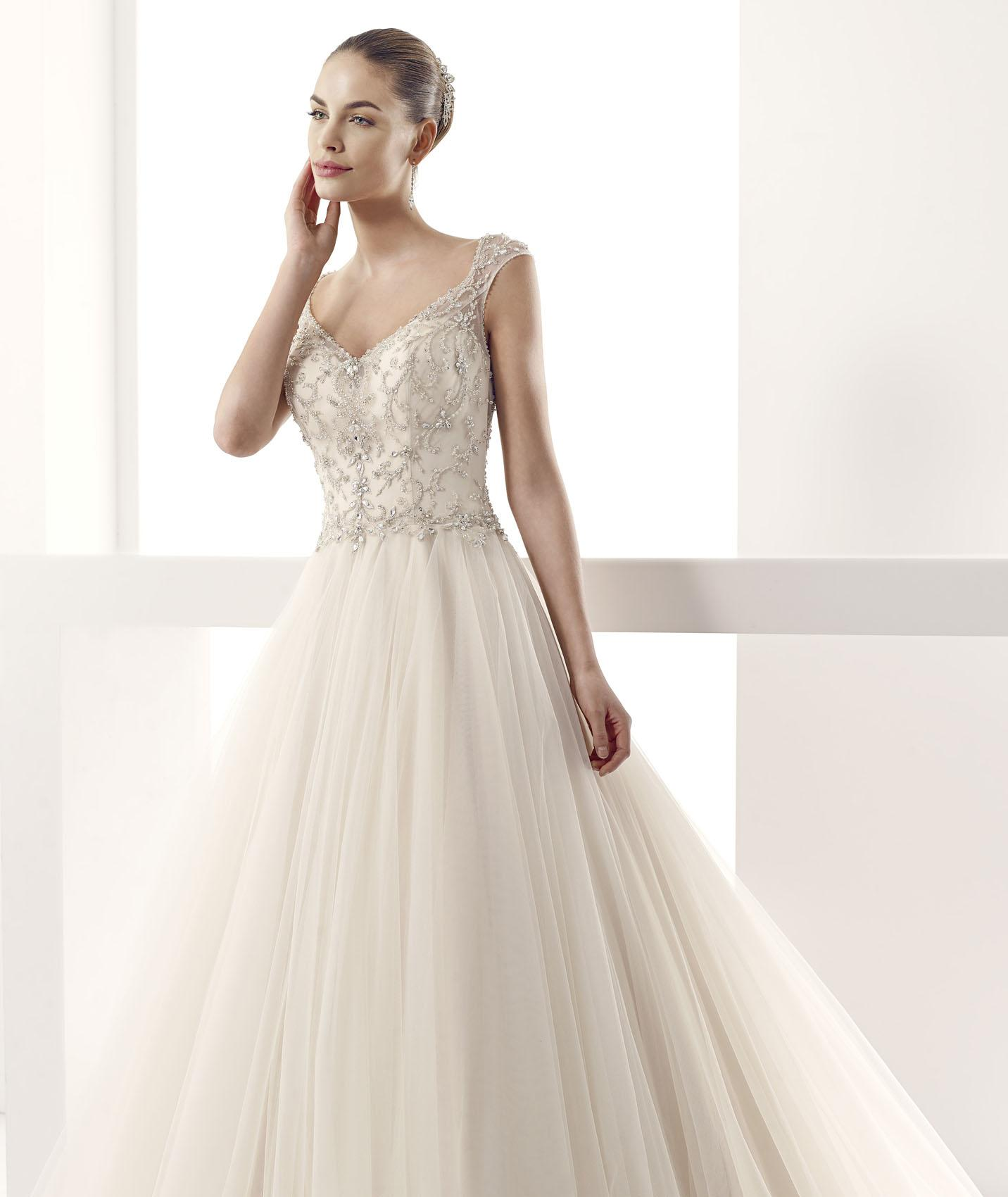 Exquisite Ball Gown Shoudler Strap Beading&Crystal Sweep/Brush Train Tulle Wedding Dress