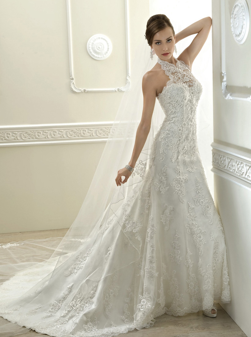 Exquisite A Line Halter Beadingsequins Lace Sweepbrush Train Tulle Wedding Dresses