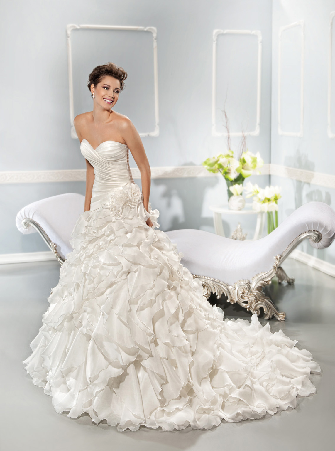 Generous Ball Gown Sweetheart Cascading Ruffles Sweep/Brush Train Organza Wedding Dresses